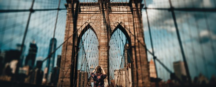 Brooklyn Bridge - moving to Brooklyn will be easier with Red Hook movers